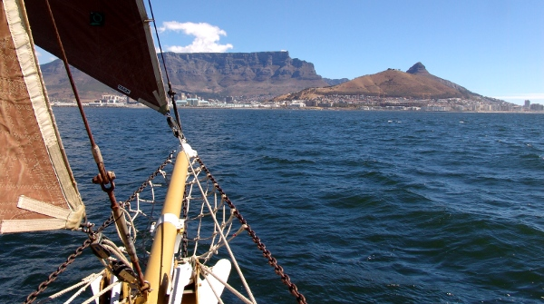 magic of sailing in Cape Town